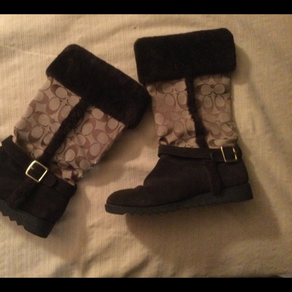 Signature Coach Boots with Fur